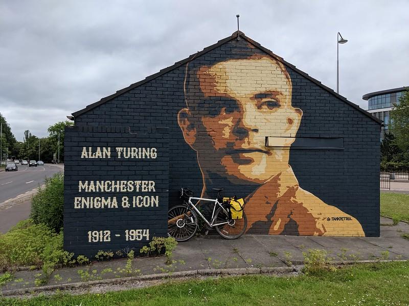 Murale dedicato a Alan Turing, Manchester, UK.